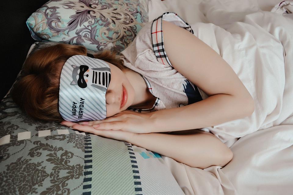 Goed uitgerust wakker worden met een slaapmasker